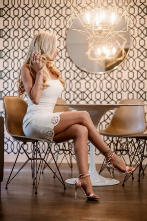 Florie-anne escort girl in Parma