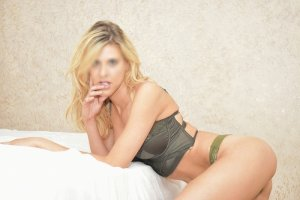 Yasmina sex contacts in Wilton Manors, independent escort