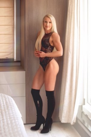 Kahlan casual sex in North Babylon NY and escort