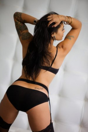 Ilyssa independent escort in Winchester Virginia
